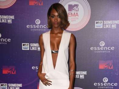 Jourdan Dunn is all white on the night