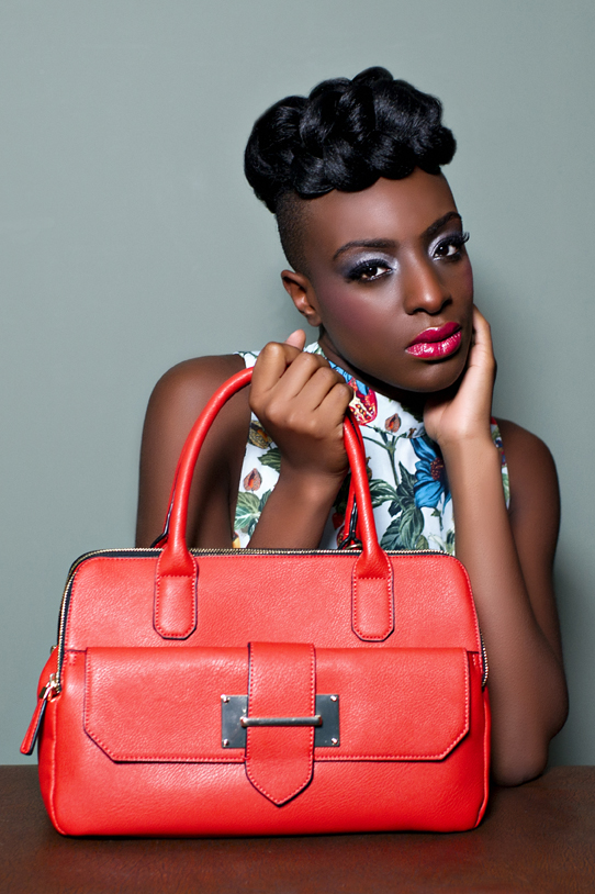 04_Ravinder_Crone_Photographer_Handbag_Lookbook