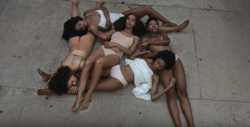 Solange and her squad lounging