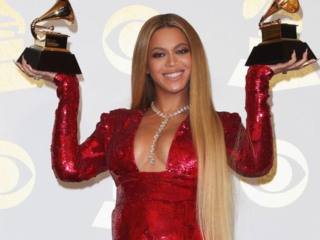 Top 10 hairstyles from the Grammys 2017