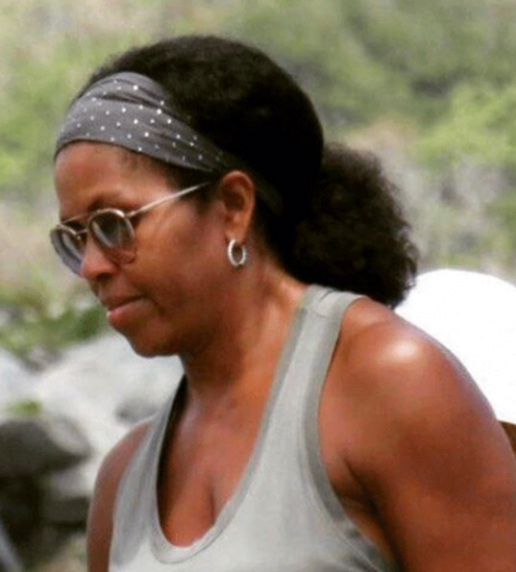 Michelle Obama goes au naturale