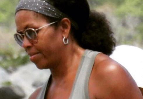 Michelle Obama goes au naturale
