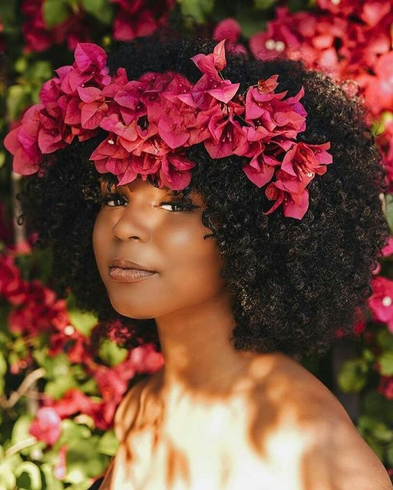 Hair Trend Floral Afro